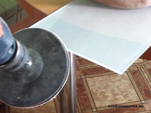 обработка стекла полки для аптечки