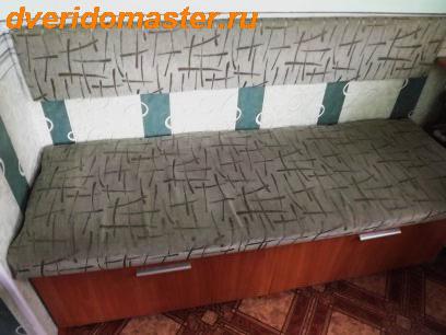 диванчик в кухне