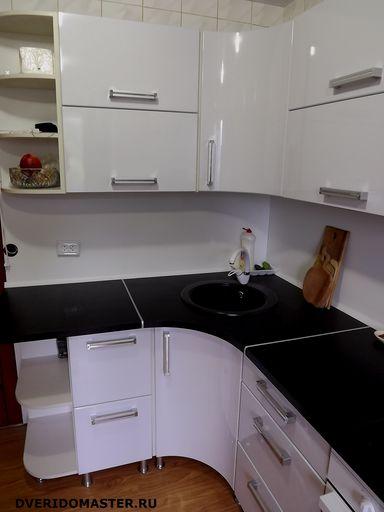 Столешница с закругленным углом кухня стекло столешница на заказ